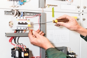 Why Do I Need an Electrician to Handle Electrical Panel Change Out?
